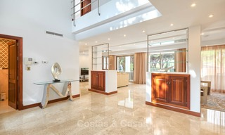 Spacious top-quality new villa for sale, ready to move in, Marbella East 7182