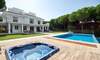 Spacious top-quality new villa for sale, ready to move in, Marbella East 7189