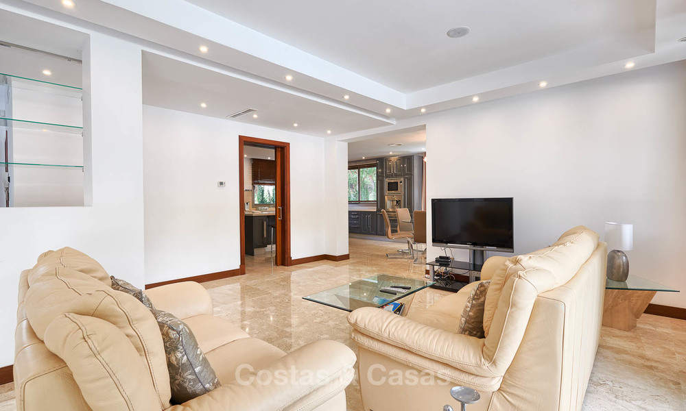 Spacious top-quality new villa for sale, ready to move in, Marbella East 7195