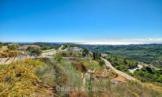 For sale: large building plot with panoramic sea and mountain views in a luxury estate in Benahavis, Marbella 7199