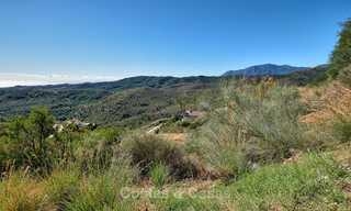 For sale: large building plot with panoramic sea and mountain views in a luxury estate in Benahavis, Marbella 7202