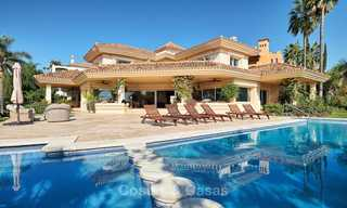 Magnificent rustic-style luxury villa with breath-taking sea and mountain views - Golf Valley, Nueva Andalucia, Marbella 7238