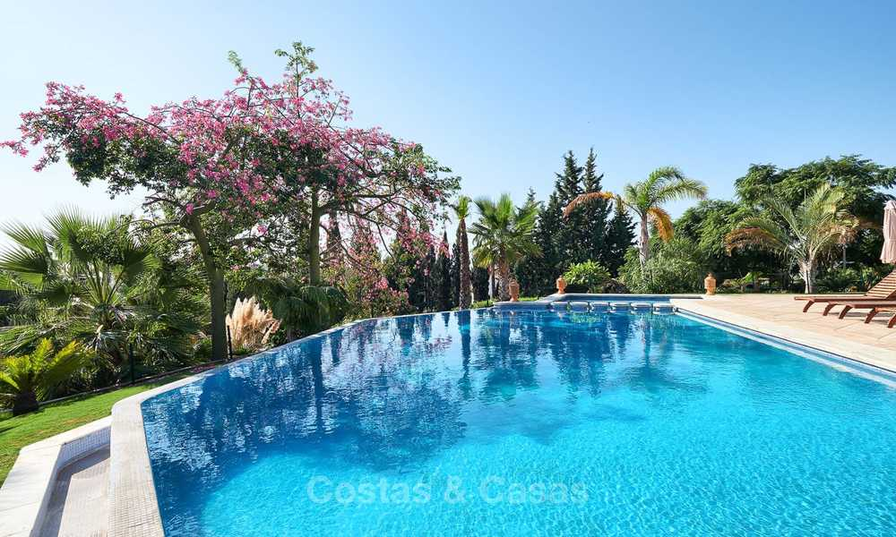 Magnificent rustic-style luxury villa with breath-taking sea and mountain views - Golf Valley, Nueva Andalucia, Marbella 7240