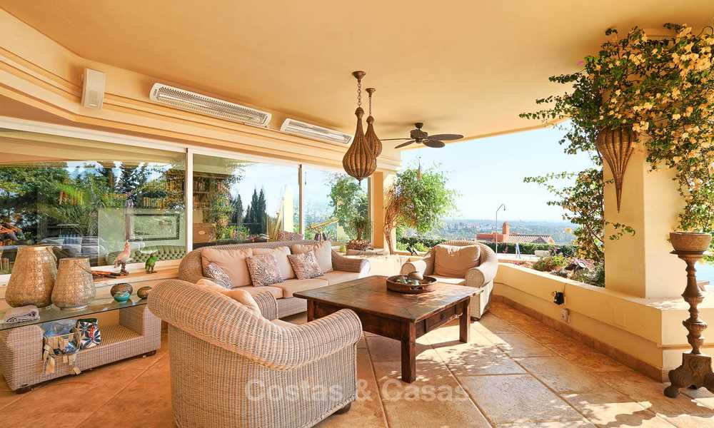 Magnificent rustic-style luxury villa with breath-taking sea and mountain views - Golf Valley, Nueva Andalucia, Marbella 7241