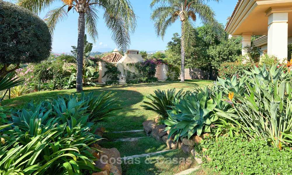 Magnificent rustic-style luxury villa with breath-taking sea and mountain views - Golf Valley, Nueva Andalucia, Marbella 7245