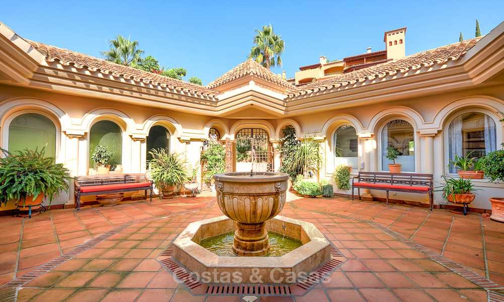 Magnificent rustic-style luxury villa with breath-taking sea and mountain views - Golf Valley, Nueva Andalucia, Marbella 7265
