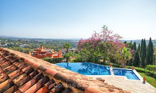 Magnificent rustic-style luxury villa with breath-taking sea and mountain views - Golf Valley, Nueva Andalucia, Marbella 7278