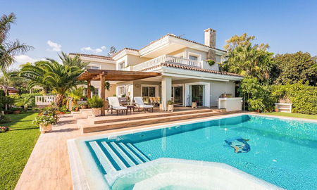 Quintessential Mediterranean style villa for sale, beach side Marbella East 7434