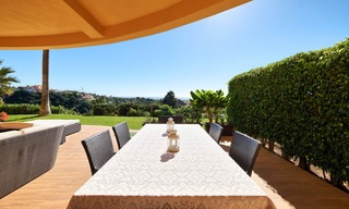 Spacious ground floor luxury apartment with sea views for sale in Elviria, Marbella East 7549