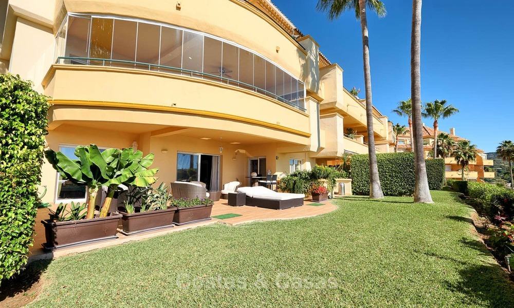 Spacious ground floor luxury apartment with sea views for sale in Elviria, Marbella East 7550