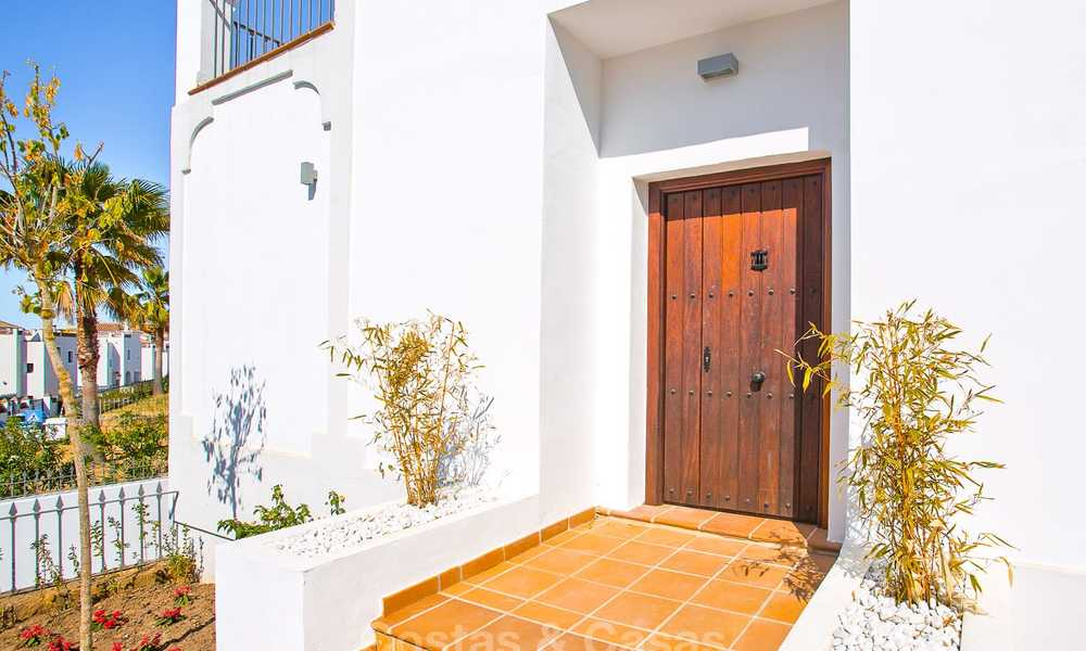 Elegant new turnkey villas with sea views for sale, front line golf, New Golden Mile, Marbella - Estepona 7555