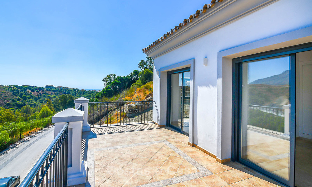 Bargain! Renovated Andalusian style villa with stunning mountain views for sale, Nueva Andalucia, Marbella 7598