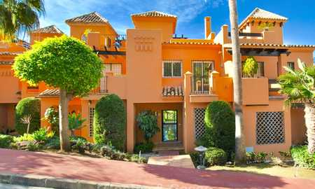 Recently refurbished Andalusian style townhouse near golf course for sale, Benahavis, Marbella 7687