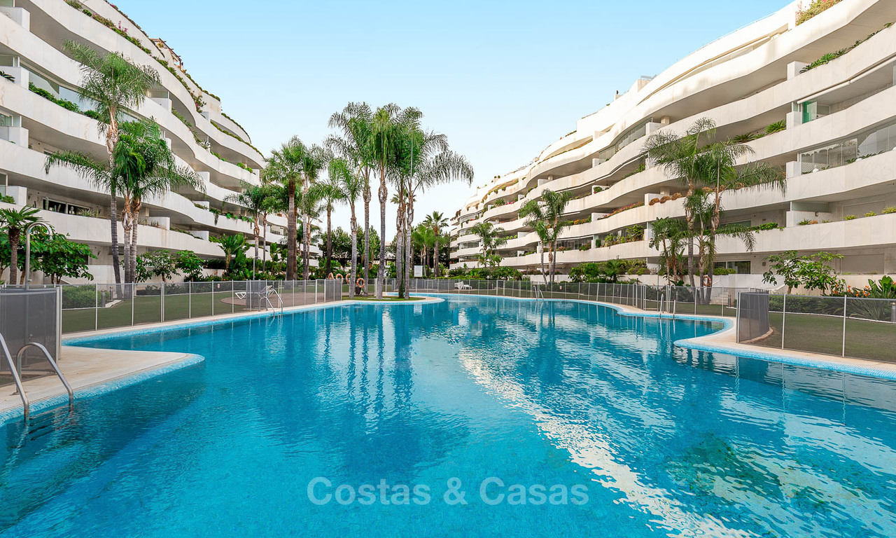 Luxury apartment in a prestigious beachside complex for sale, Puerto Banus, Marbella 7768