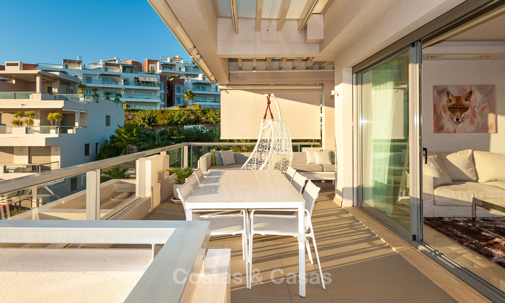 Spacious, bright and modern penthouse apartment for sale with golf and sea views in Marbella - Benahavis 7720