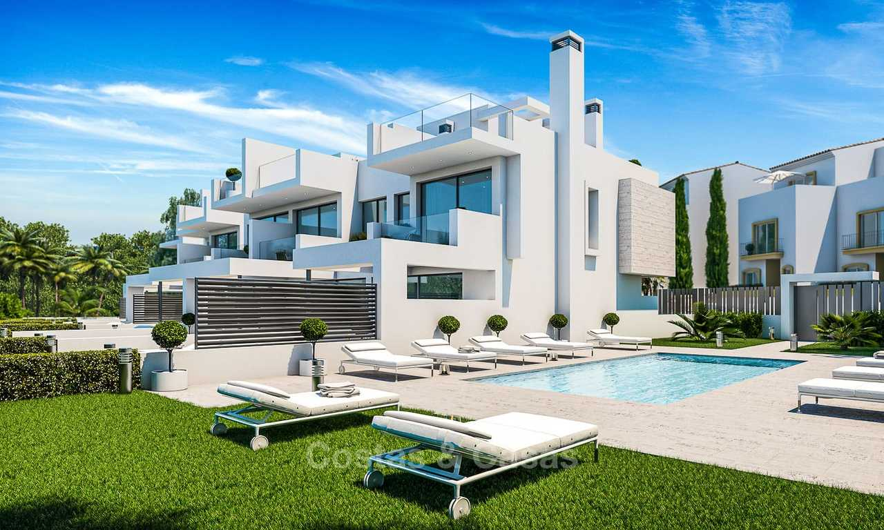 Attractive contemporary townhouses in a new boutique development for sale, beachside Estepona 7790