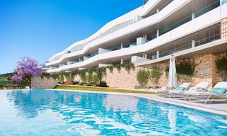 Attractive new modern apartments for sale, with sea views, next to a top-class 18-hole golf course, Estepona 8058