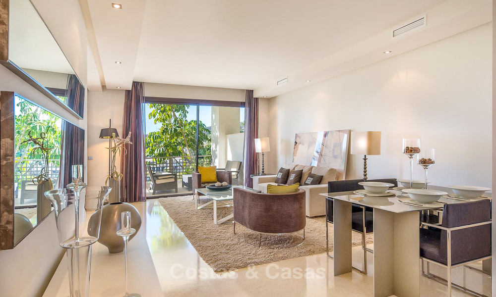Gorgeous, very spacious luxury apartment for sale in a sought-after residential complex, ready to move in - Benahavis, Marbella 8344