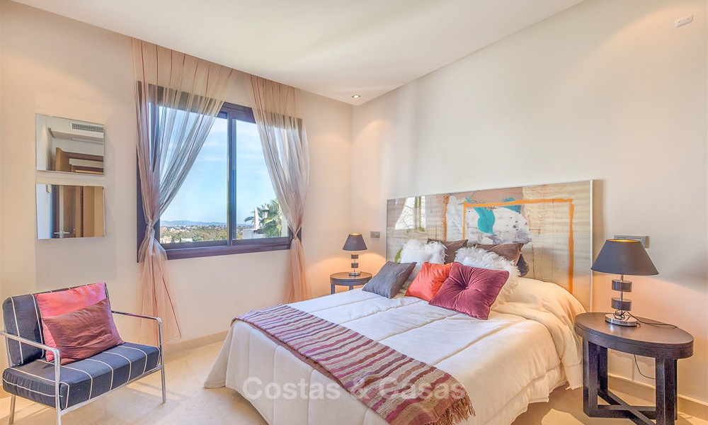 Gorgeous, very spacious luxury apartment for sale in a sought-after residential complex, ready to move in - Benahavis, Marbella 8356