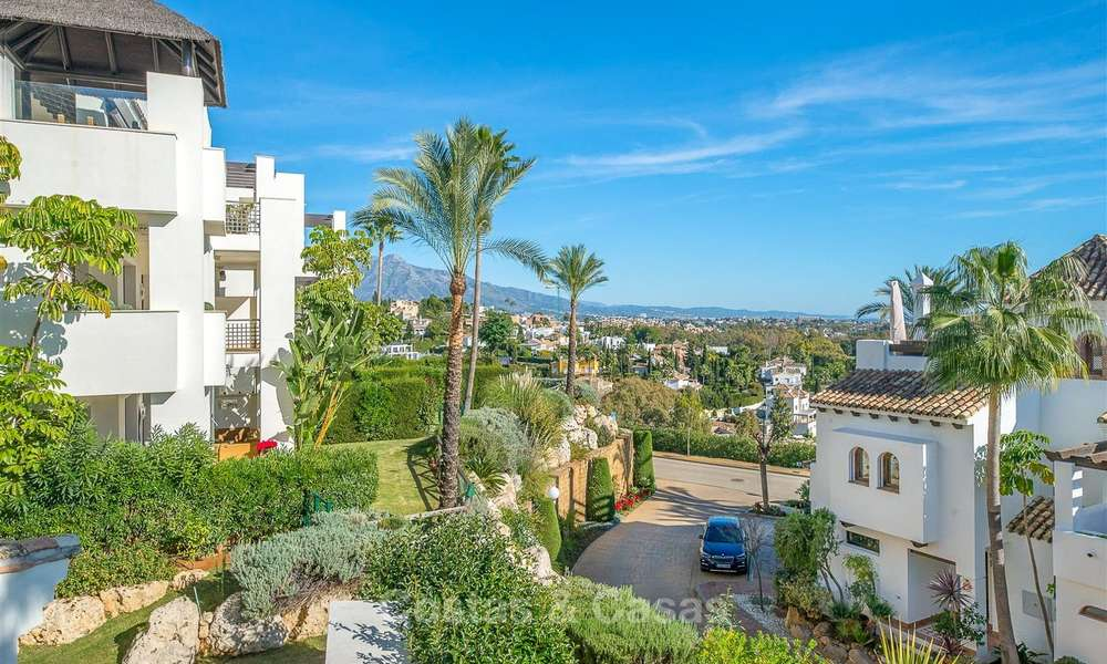 Gorgeous, very spacious luxury apartment for sale in a sought-after residential complex, ready to move in - Benahavis, Marbella 8358