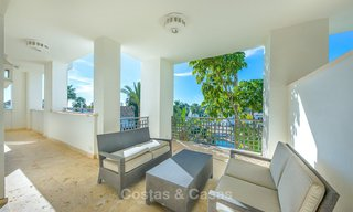 Gorgeous, very spacious luxury apartment for sale in a sought-after residential complex, ready to move in - Benahavis, Marbella 8362