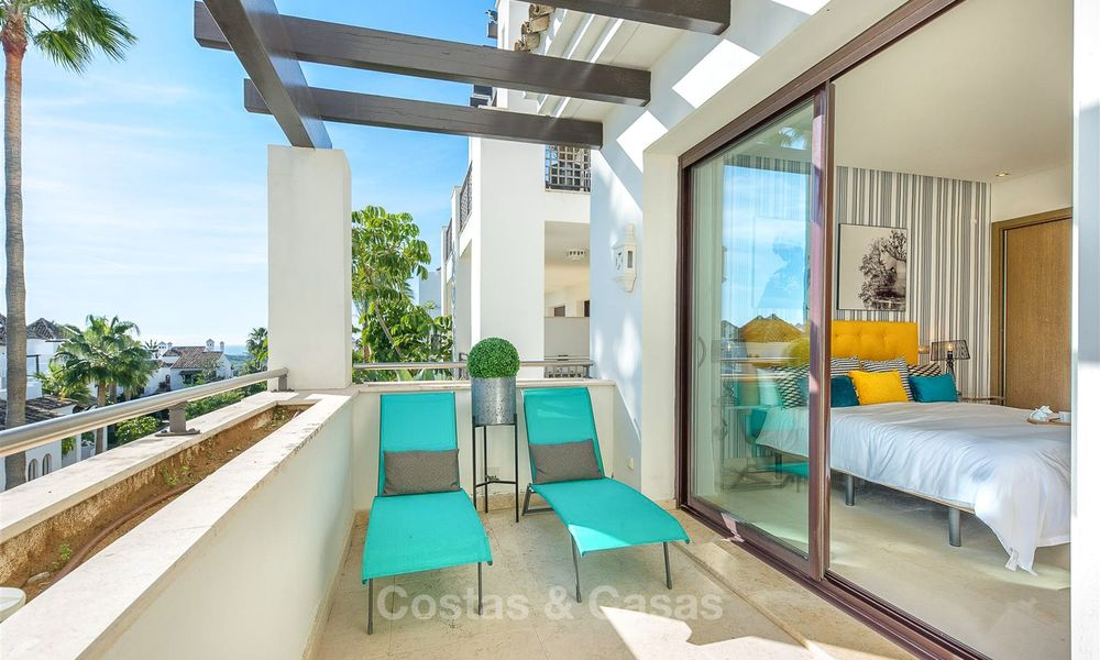 Beautiful, spacious luxury apartment with sea views for sale in a sought-after residential complex, ready to move in - Benahavis, Marbella 8284