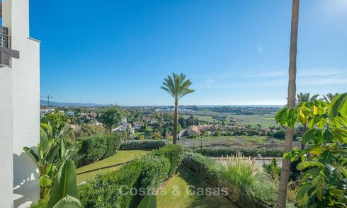 Opportunity! Gorgeous and very spacious luxury apartment with sea views for sale, ready to move in - Benahavis, Marbella 8297
