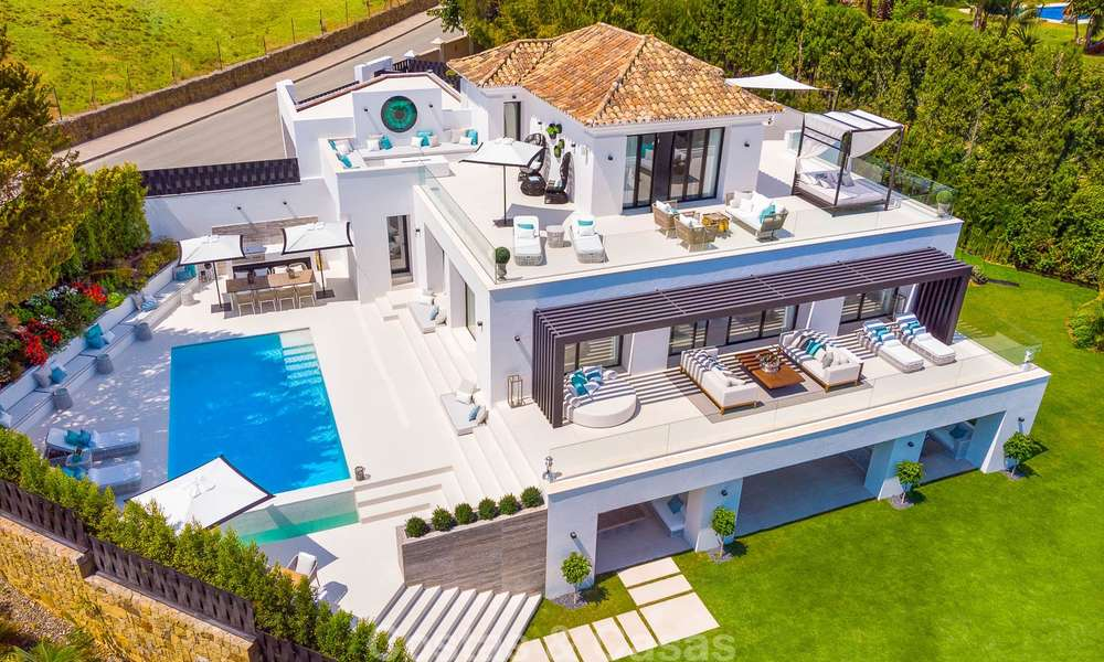 Spacious, nicely renovated luxury villa for sale with sea and golf views, Nueva Andalucía, Marbella 8567