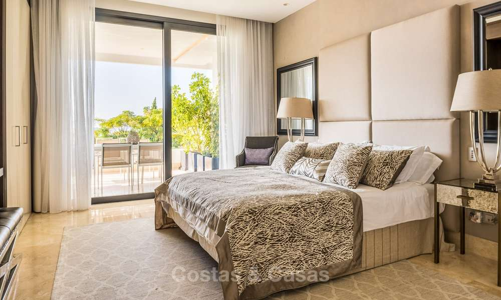 Posh modern luxury apartment for sale in a prestigious residential complex in Sierra Blanca, Golden Mile, Marbella 8761