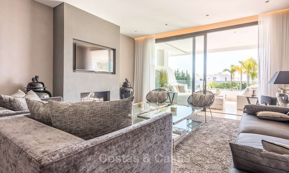 Posh modern luxury apartment for sale in a prestigious residential complex in Sierra Blanca, Golden Mile, Marbella 8777