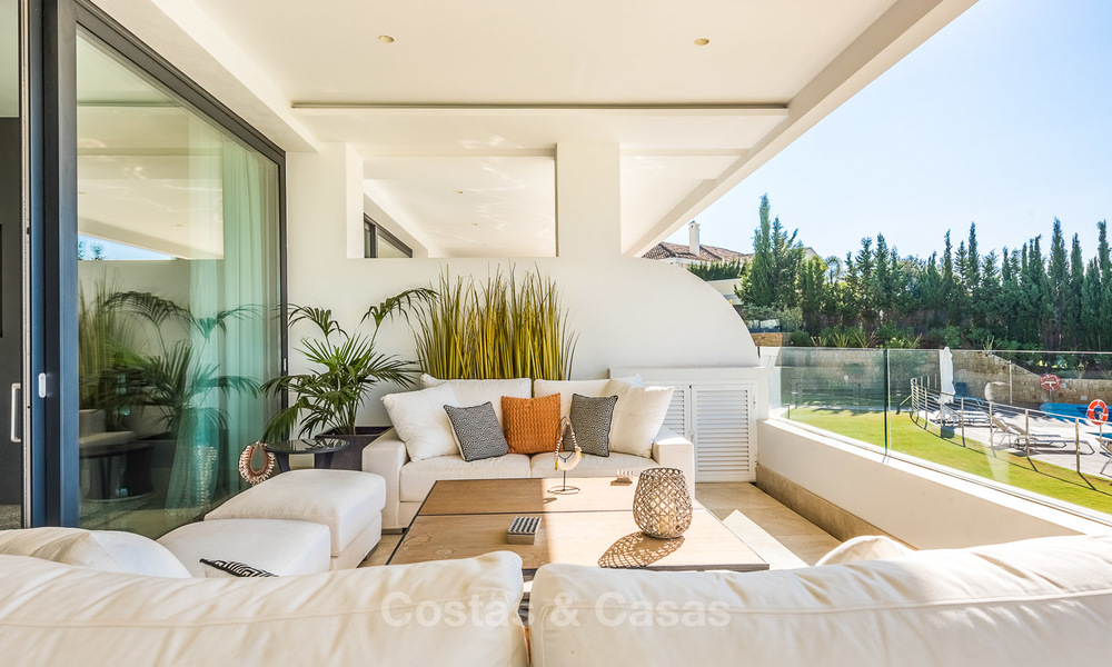 Posh modern luxury apartment for sale in a prestigious residential complex in Sierra Blanca, Golden Mile, Marbella 8783