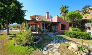 Well located and attractively priced villa - finca with sea and mountain views for sale, Estepona, Costa del Sol 8690