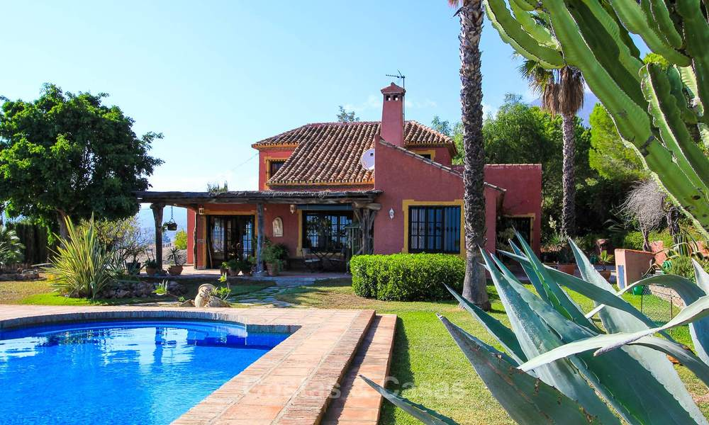 Well located and attractively priced villa - finca with sea and mountain views for sale, Estepona, Costa del Sol 8693