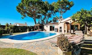 Cosy and luxurious traditional-style villa with sea views for sale, with guest house, ready to move in - Elviria, Marbella 8805
