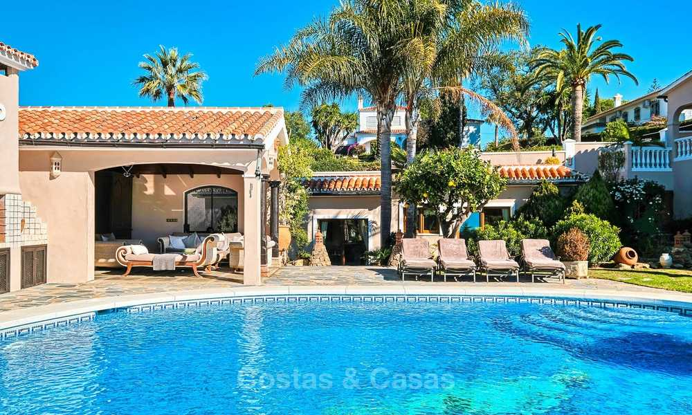 Cosy and luxurious traditional-style villa with sea views for sale, with guest house, ready to move in - Elviria, Marbella 8807