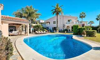 Cosy and luxurious traditional-style villa with sea views for sale, with guest house, ready to move in - Elviria, Marbella 8808