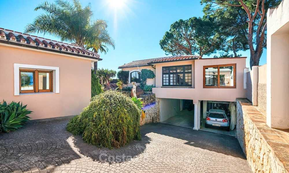 Cosy and luxurious traditional-style villa with sea views for sale, with guest house, ready to move in - Elviria, Marbella 8813