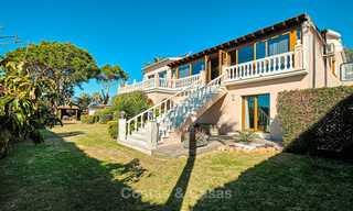 Cosy and luxurious traditional-style villa with sea views for sale, with guest house, ready to move in - Elviria, Marbella 8815