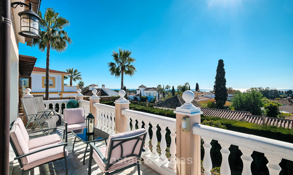 Cosy and luxurious traditional-style villa with sea views for sale, with guest house, ready to move in - Elviria, Marbella 8865