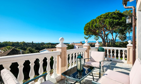 Cosy and luxurious traditional-style villa with sea views for sale, with guest house, ready to move in - Elviria, Marbella 8866