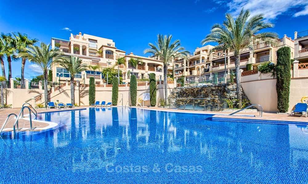Stunning penthouse apartment for sale in a luxury complex, front line golf with sea views - Marbella - Estepona 8868