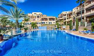 Stunning penthouse apartment for sale in a luxury complex, front line golf with sea views - Marbella - Estepona 8870
