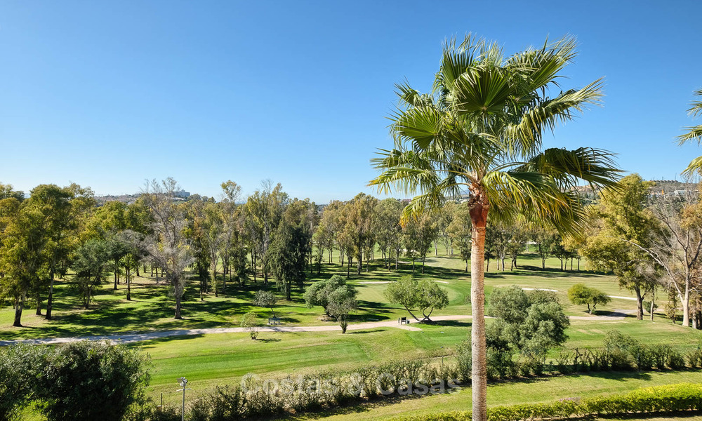 Stunning penthouse apartment for sale in a luxury complex, front line golf with sea views - Marbella - Estepona 8889