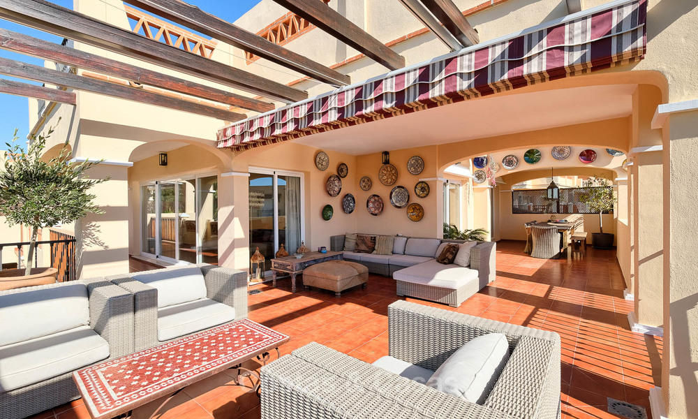 Stunning penthouse apartment for sale in a luxury complex, front line golf with sea views - Marbella - Estepona 8895