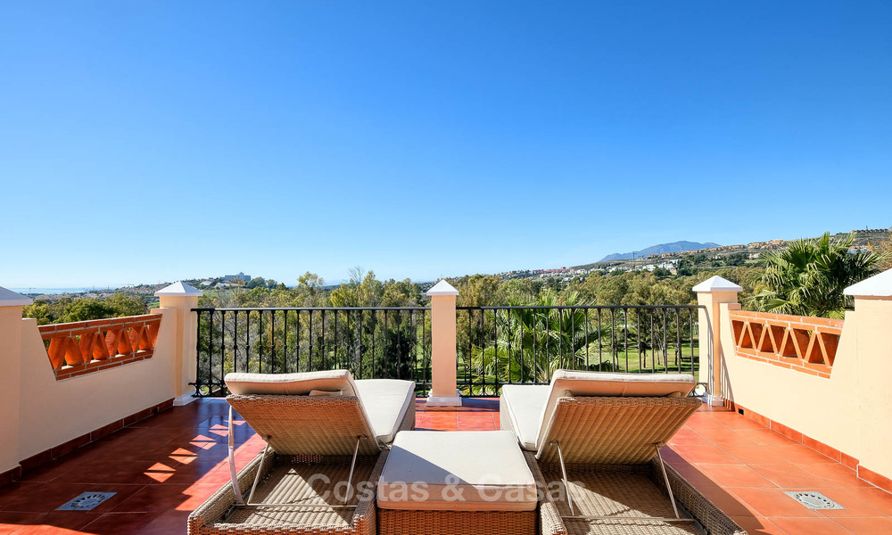 Stunning penthouse apartment for sale in a luxury complex, front line golf with sea views - Marbella - Estepona 8897