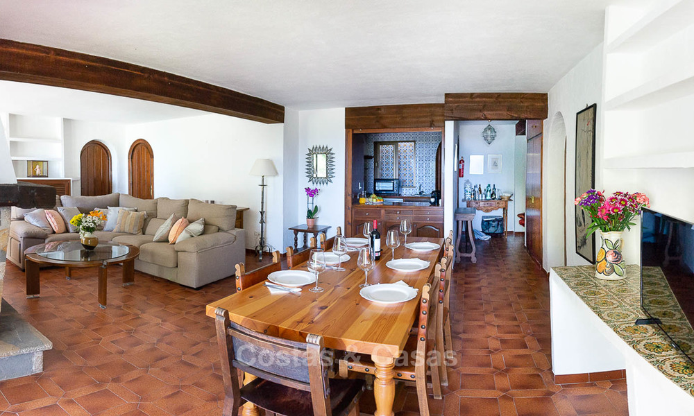 Unique offering! Beautiful countryside estate of 5 villas on a huge plot for sale, with stunning sea views - Mijas, Costa del Sol 9063