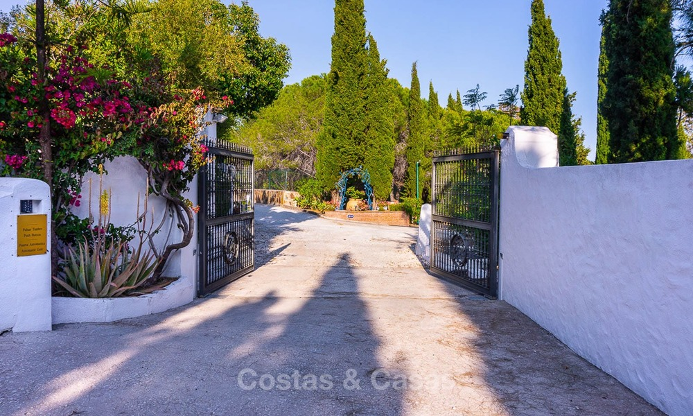 Unique offering! Beautiful countryside estate of 5 villas on a huge plot for sale, with stunning sea views - Mijas, Costa del Sol 9076