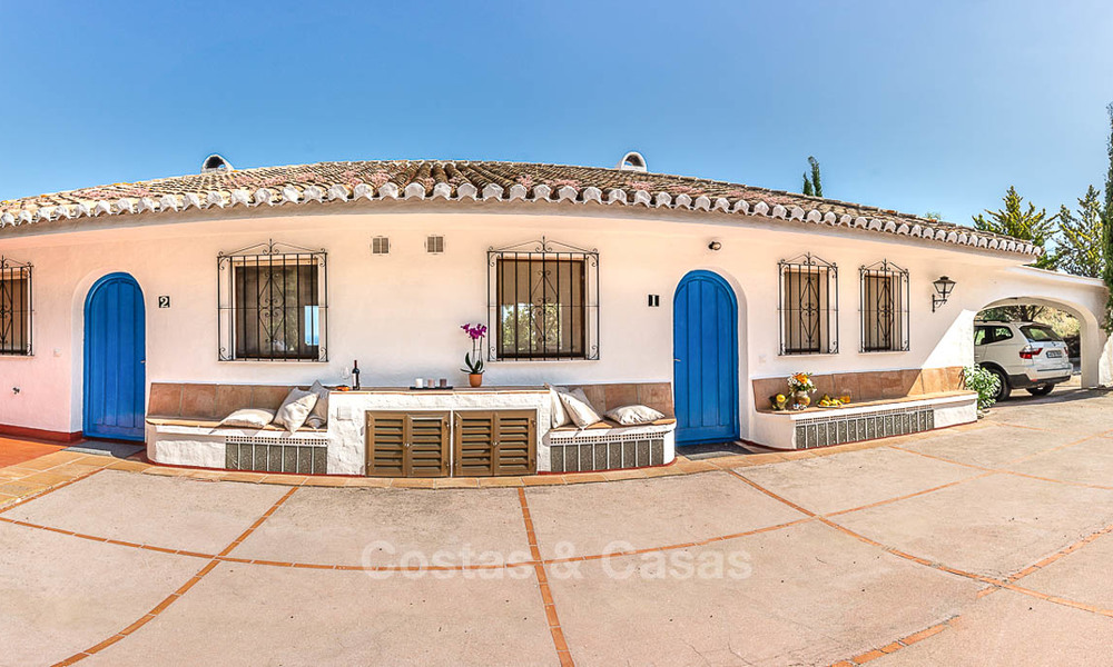 Unique offering! Beautiful countryside estate of 5 villas on a huge plot for sale, with stunning sea views - Mijas, Costa del Sol 9081
