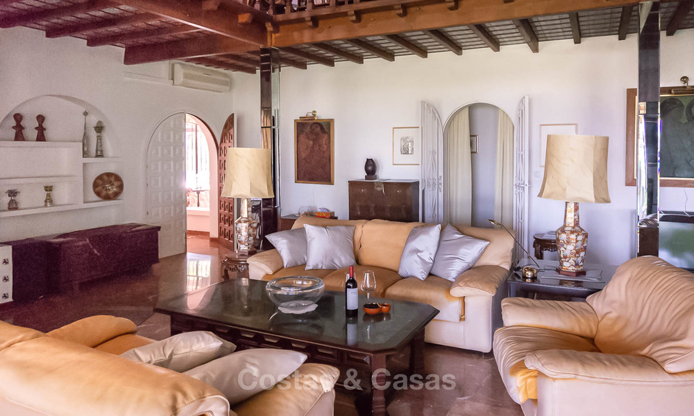 Unique offering! Beautiful countryside estate of 5 villas on a huge plot for sale, with stunning sea views - Mijas, Costa del Sol 8994