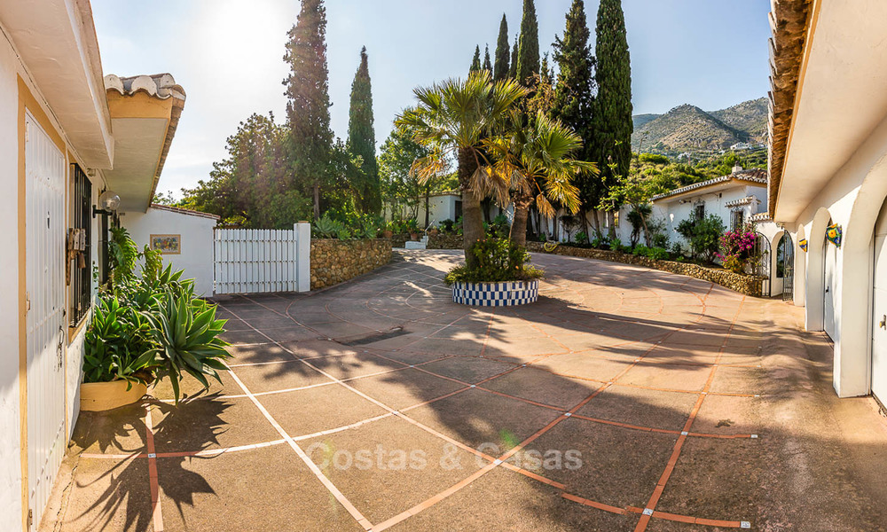 Unique offering! Beautiful countryside estate of 5 villas on a huge plot for sale, with stunning sea views - Mijas, Costa del Sol 9008